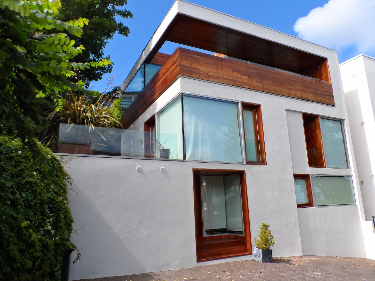 Award Winning 4 Bedroom 3 Bathroom House – Dalkey, Co. Dublin