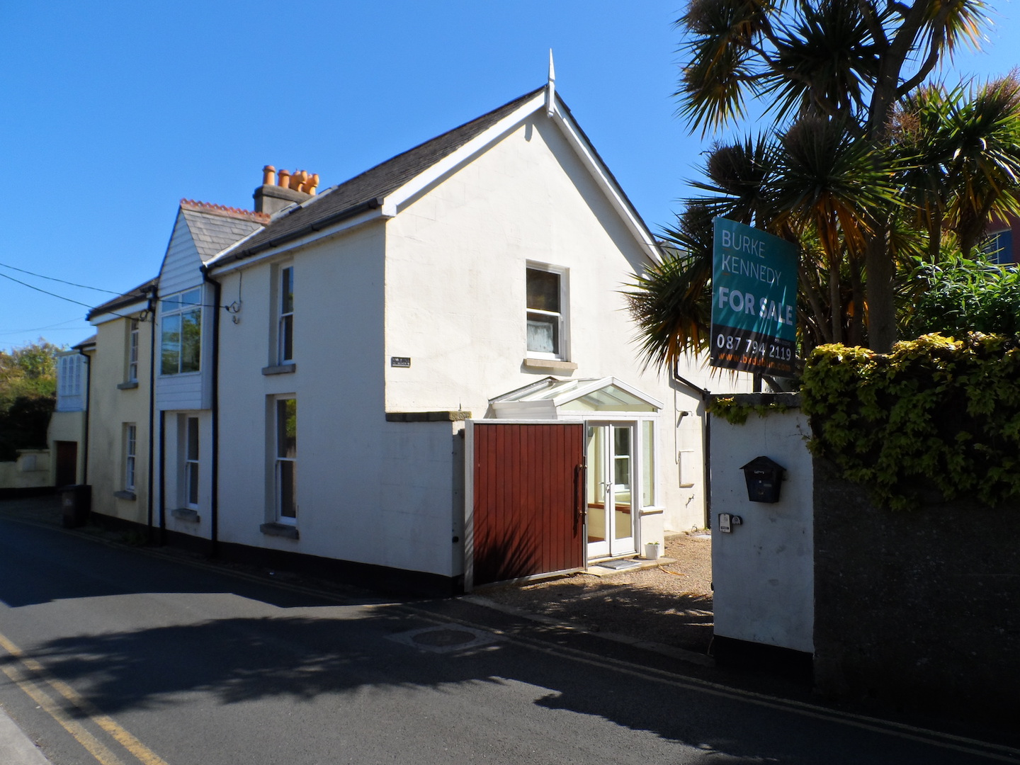 SOLD – Modern 3 Bedroom House, Coliemore Road, Dalkey, Co. Dublin