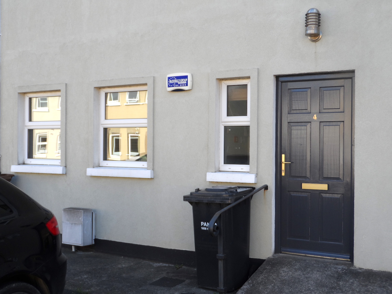 LET – Own Door Office with Parking