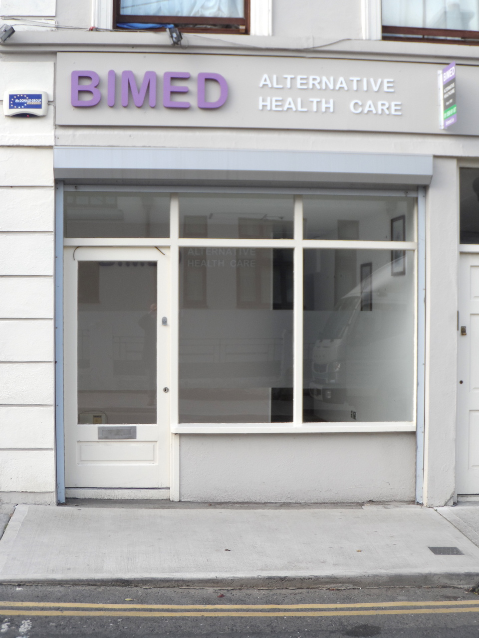 Retail/Consulting Room Unit – TO LET – Ready To Move Into Condition