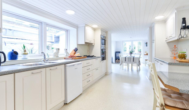 Kitchen x